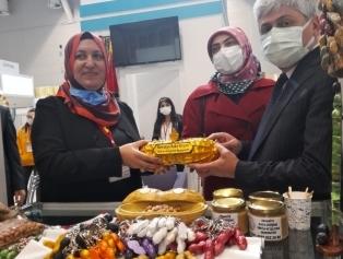 """DOĞAKA Koordinasyonunda Bölgemiz Usta Zanaatkârları """"Craft İstanbul 2021 El Sanatları Fuarı""""na Çıkarma Yaptı Galeri"""