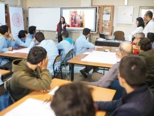 """Mesleki ve Teknik Eğitim temalı faaliyetler kapsamında Osmaniye'de """"Tasarım Odaklı Düşünme Eğitimi"""" gerçekleştirildi Galeri"""